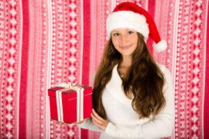 彼氏へのクリスマスプレゼントは聞く?一緒に買いに行く?予算は?