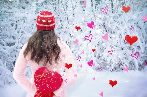 バレンタインにチョコ以外渡すなら意味に注意!義理のおすすめと相場は?