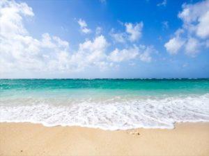 海水浴に一人で行くことになったあなた!不安を解消して思いっきり楽しむには?