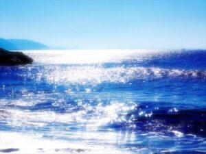 サーフィン初心者で泳げない人は危険?!知っておくべきルールとは?